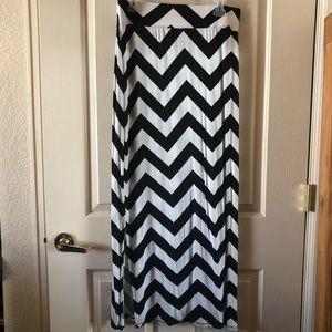 Black and white a.n.a maxi skirt